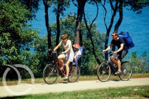 rent-a-bike, cycling, bicycle routes, Cape Kamenjak, Medulin, Premantura, Pula