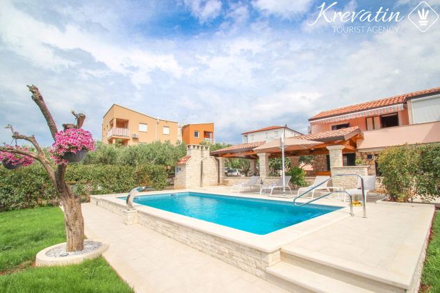 Casa IVANA, NEW Beautiful house with swimming pool in our offer
