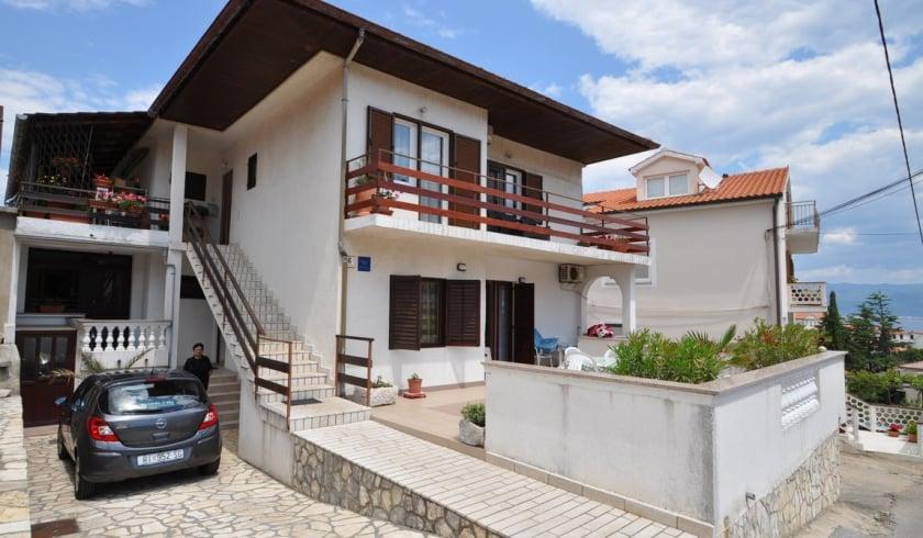 Room Luka 4 with Internet connetcion – Vrbnik–Island Krk – Croatia
