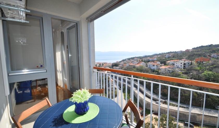 Apartment Jasna with partial sea view – Vrbnik–Island Krk–Croatia