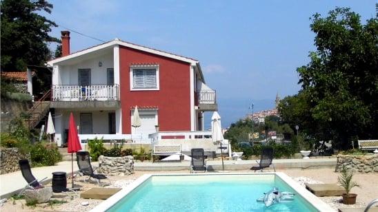 Apartment  Perunika with balcony – Vrbnik – Island Krk – Croatia