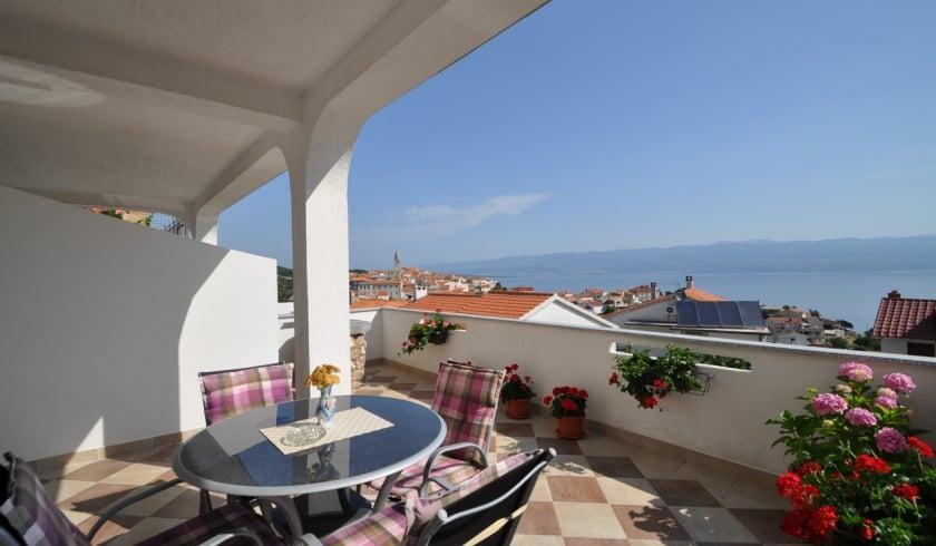 Apartment Anamarija 1 with sea view – Vrbnik – Island Krk – Croatia