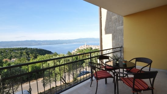 Apartment Mirna 1 with sea view – Vrbnik – Island Krk – Croatia