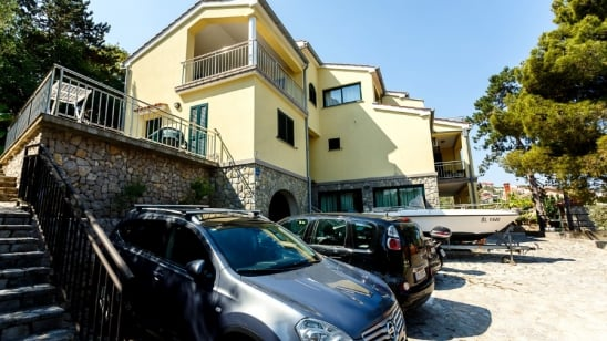 Apartment Maestral 5 with panoramic sea view – Vrbnik–Island Krk–Croatia