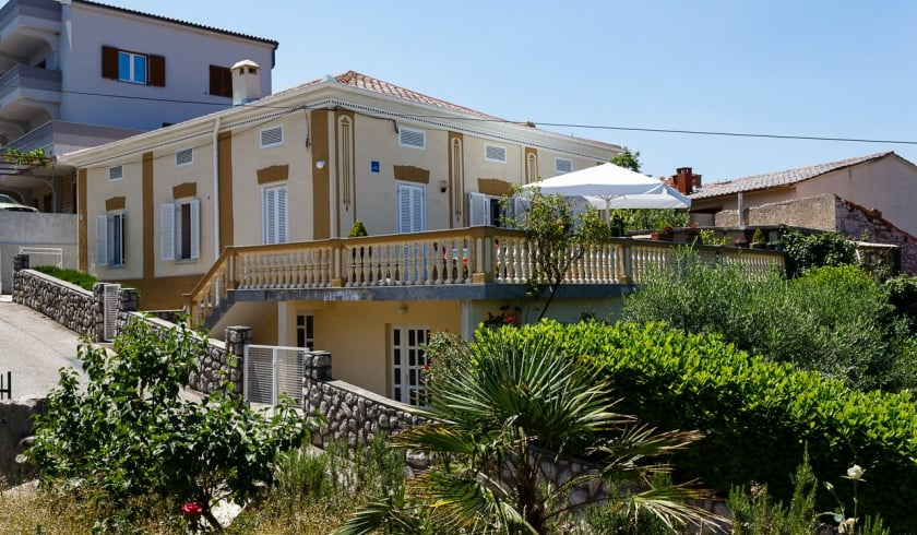 Studio  Retec 3  in the centre of town – Vrbnik – Island Krk – Croatia