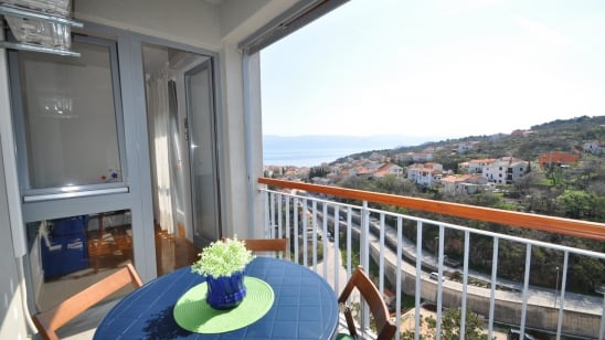 Apartment Jasna with partial sea view – Vrbnik–Island Krk–Croatia