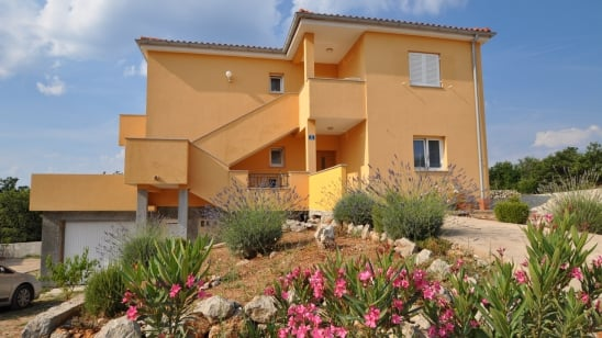Apartment Sanjin 2 in village Kornić – Island Krk – Croatia