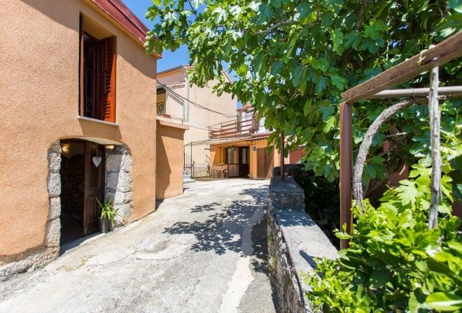 Apartment Ornela 1 in quiet position– Risika – Island Krk – Croatia