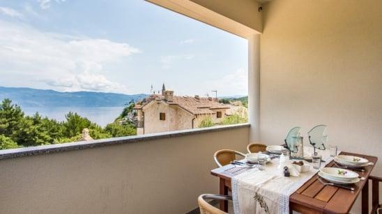 Apartment Eli 1  with sea view – Vrbnik – Island Krk – Croatia
