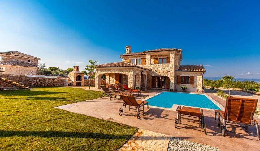 Villa Mare with pool – Vrh – Island Krk – Croatia