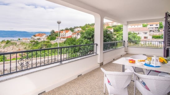 Apartment Bela 1 near beach – Vrbnik – Island Krk – Croatia