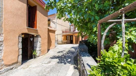 Appartamento Ornela 1 in posizione tranquilla– Risika-isola di Krk–Croazia