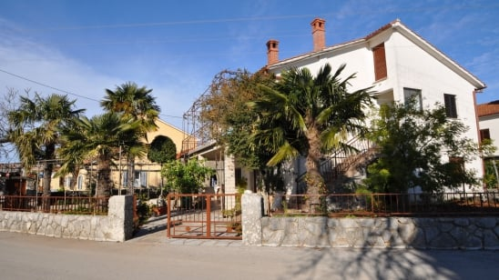 Apartment Josip in quiet position– Nenadići – Island Krk – Croatia