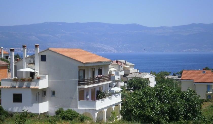 Apartment Megi  1 with Internet connection – Vrbnik–Island Krk–Croatia