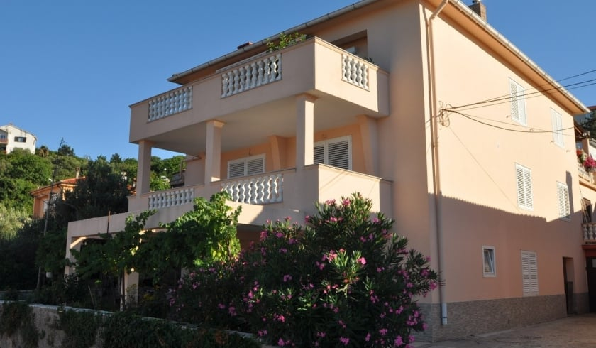 Apartment Daniela 2 near the beach–Vrbnik–Island Krk–Croatia