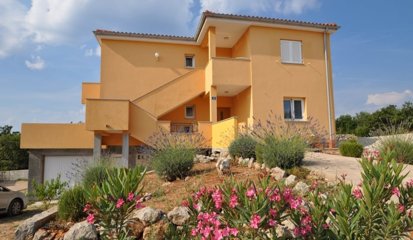 Apartment Sanjin 1 in village Kornić – Island Krk – Croatia