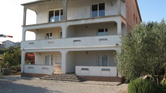 Apartman Marta 3 s pristupom internetu – Vrbnik – Otok Krk –Hrvatska