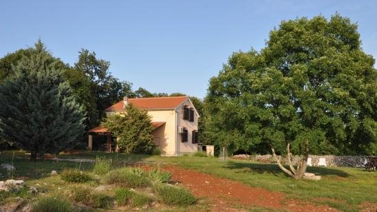 Appartamento Kampelje 1 in campagna- Kampelje -isola di Krk–Croazia