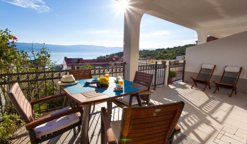 Apartment Anamarija 2 with sea view – Vrbnik – Island Krk – Croatia
