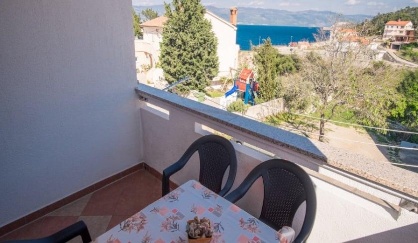 Apartment Arinka with sea view – Vrbnik – Island Krk–Croatia