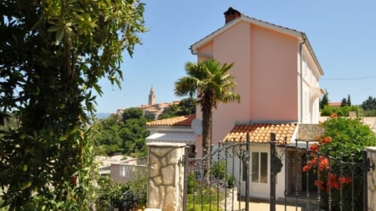 Apartment Branko in the centre of town – Vrbnik – Island Krk – Croatia