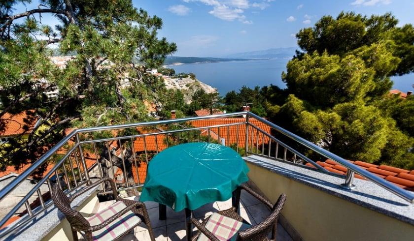 Apartment Maestral with panoramic sea view – Vrbnik–Island Krk–Croatia